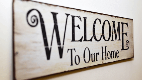 How to make Decorative Signs for your Home! - Elle Cherie